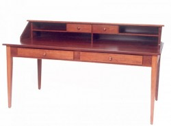 Paymaster Desk w/Hutch Top